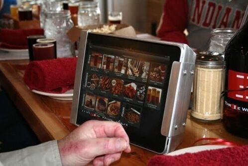 Заказ обеда в ресторане с помощью iPad