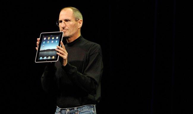 Стив Джобс в 2010 году