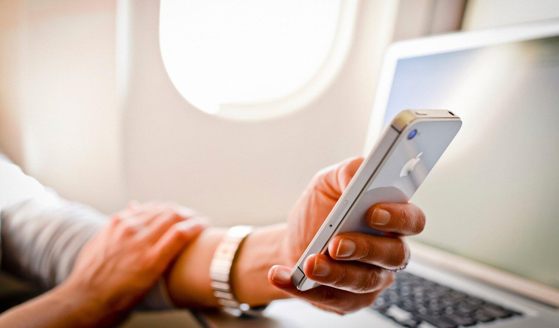 iPhone в самолете