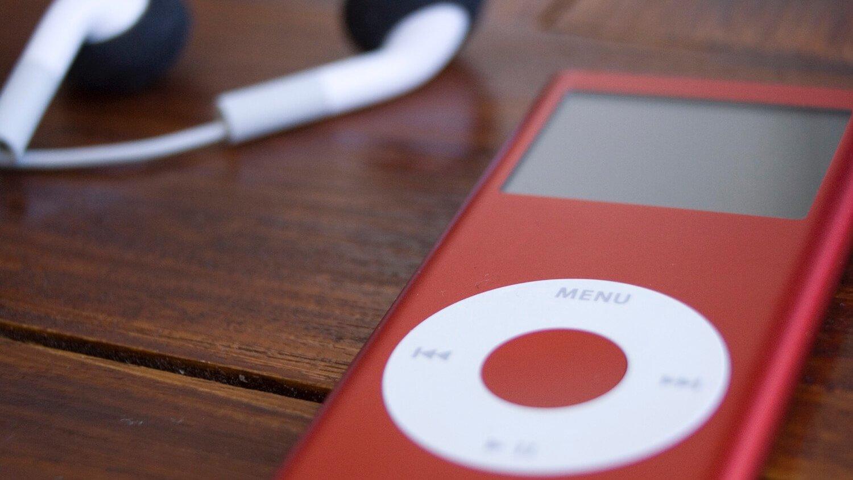 Внутри первых iPod
