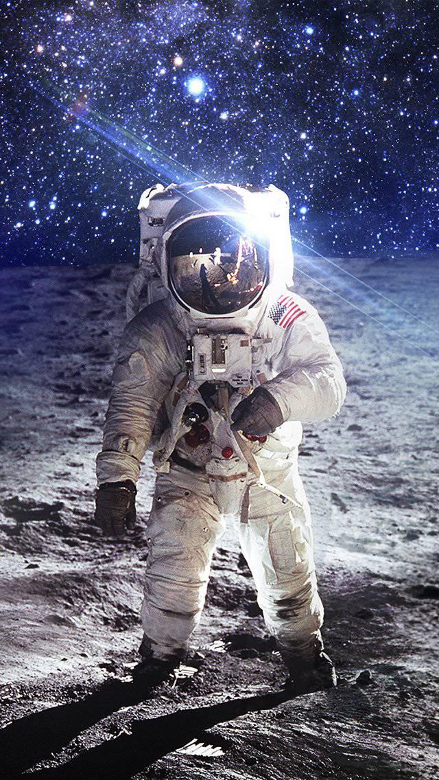 astronaut-space-art-moon-dark-iphone-5