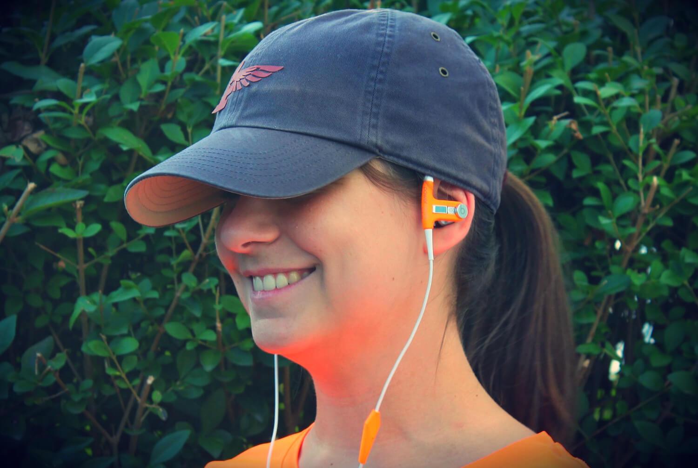 Apple подарит российским студентам наушники Beats