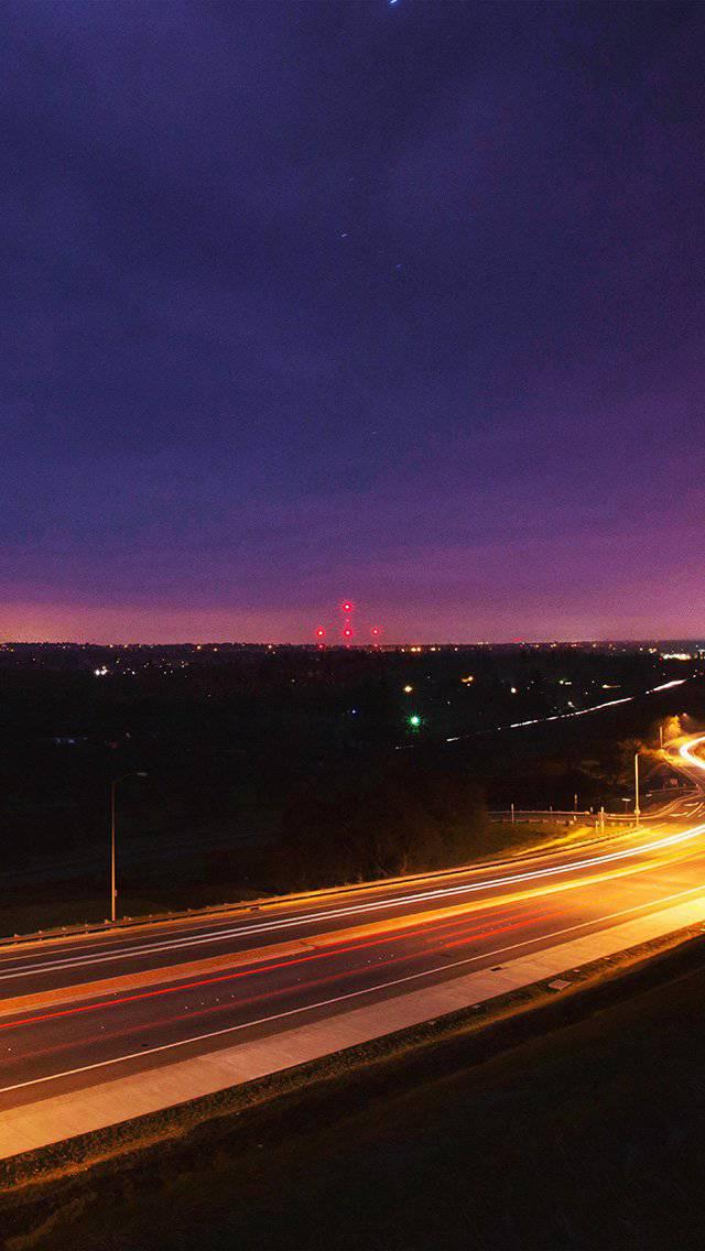 road-lights-night-city-sky-dark-iphone-5