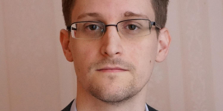 Сноуден защитит ваш iPhone от слежки с помощью чехла