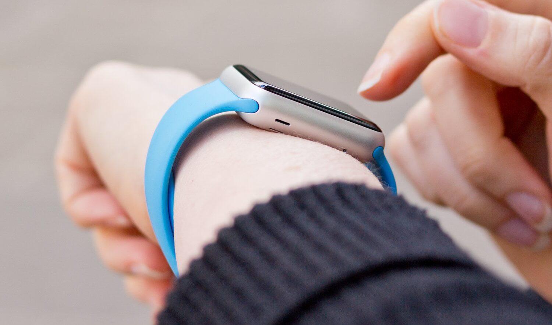 Apple Watch 2 не станут самостоятельным устройством