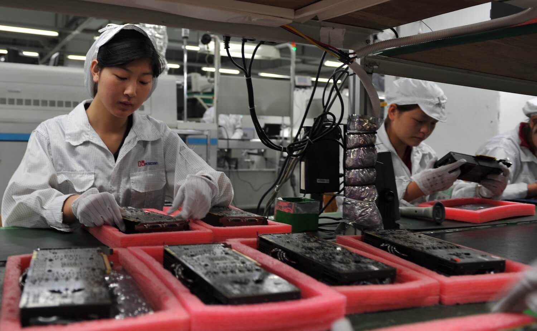 Рабочие Foxconn продолжают гибнуть