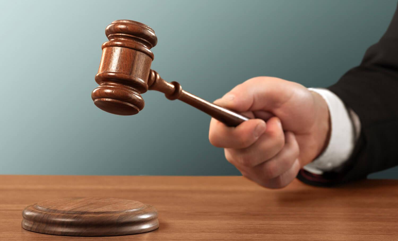 Apple вызывают в суд из-за проблемы с iPhone 6
