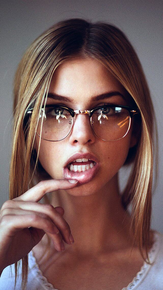 glasses-lips-beauty-face-iphone-5