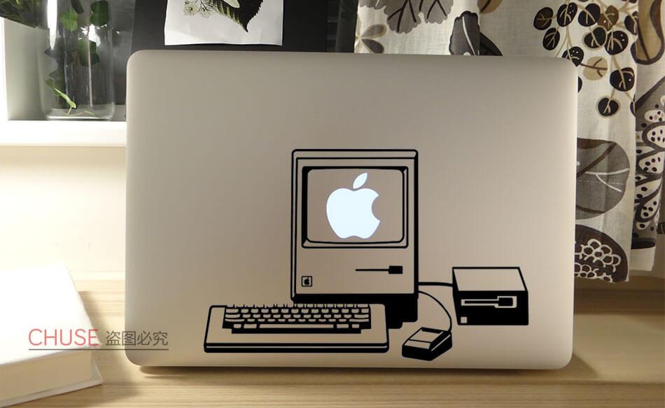 Наклейка на MacBook