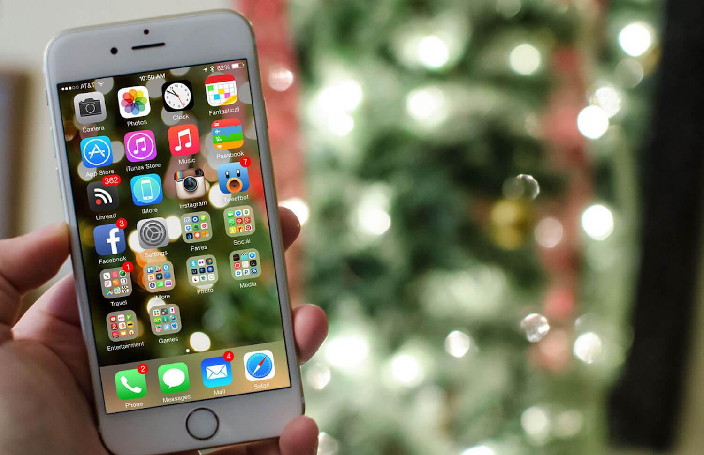Какие смартфоны дарят на праздники чаще всего