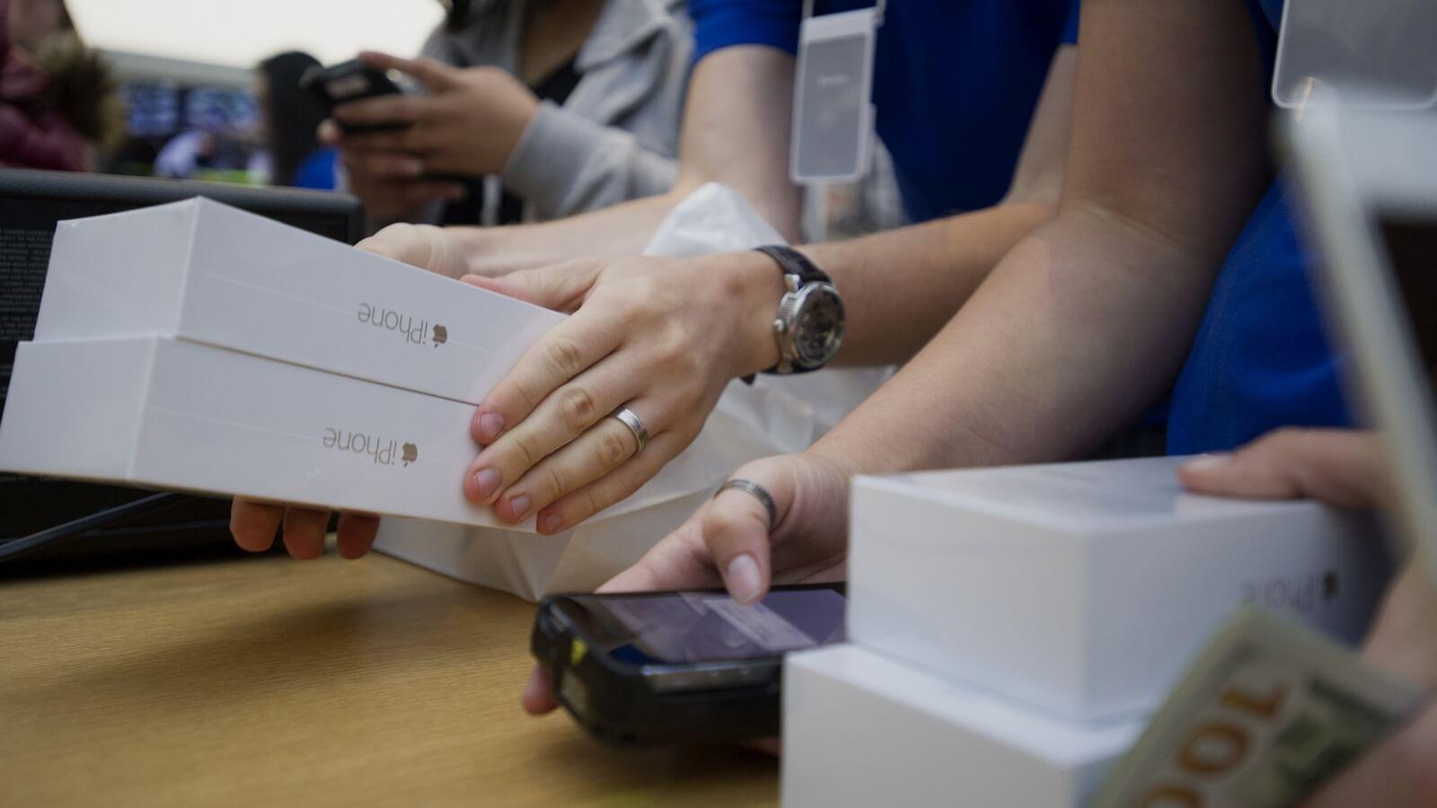 iPhone 8 Plus подешевел в России перед Новым годом