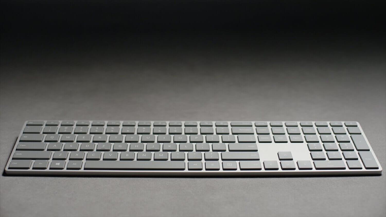 Microsoft выпустила клавиатуру, которую должна была представить Apple