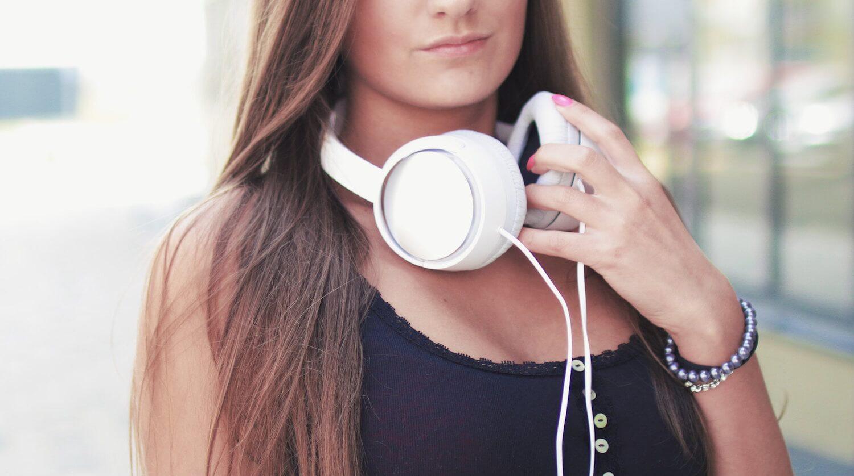 Что послушать в метро? Подборка лучших аудиокниг