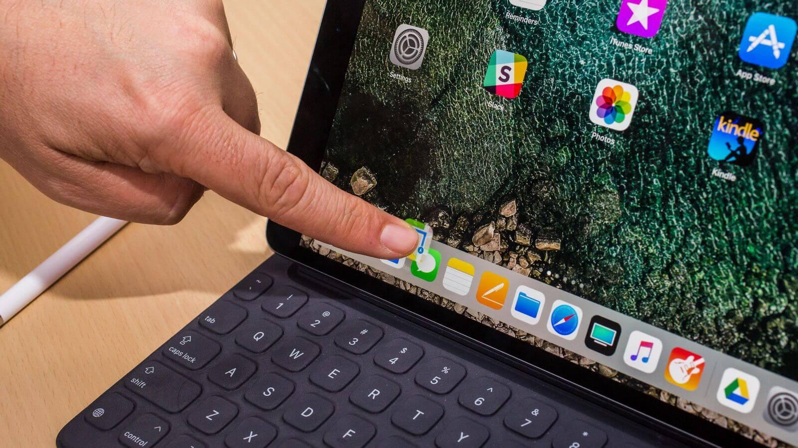 Топ-менеджер Microsoft обвинил iOS и macOS в нестабильности