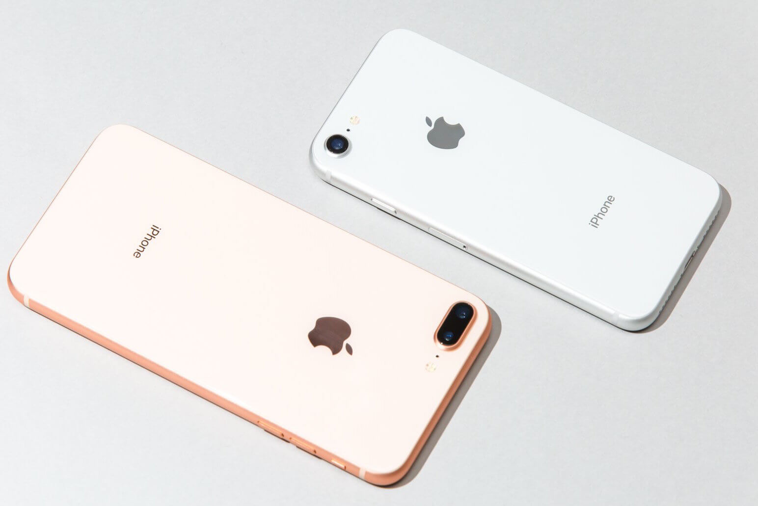 Apple сократит производство iPhone 8 из-за iPhone 8 Plus и iPhone X