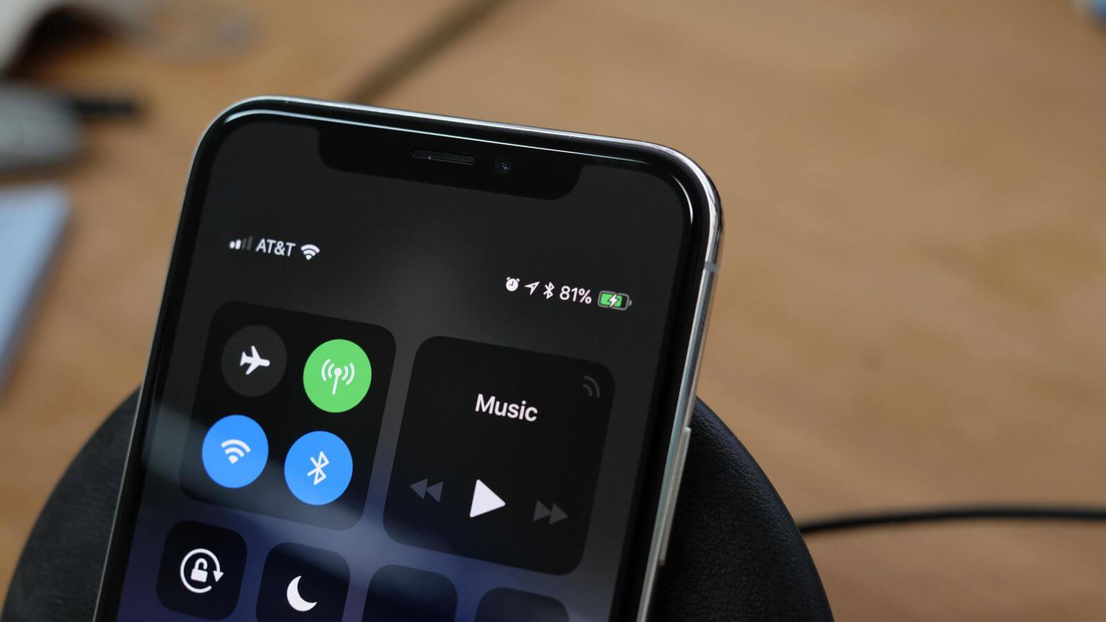 iPhone X проработает от одного заряда до 2 часов дольше, чем iPhone 7