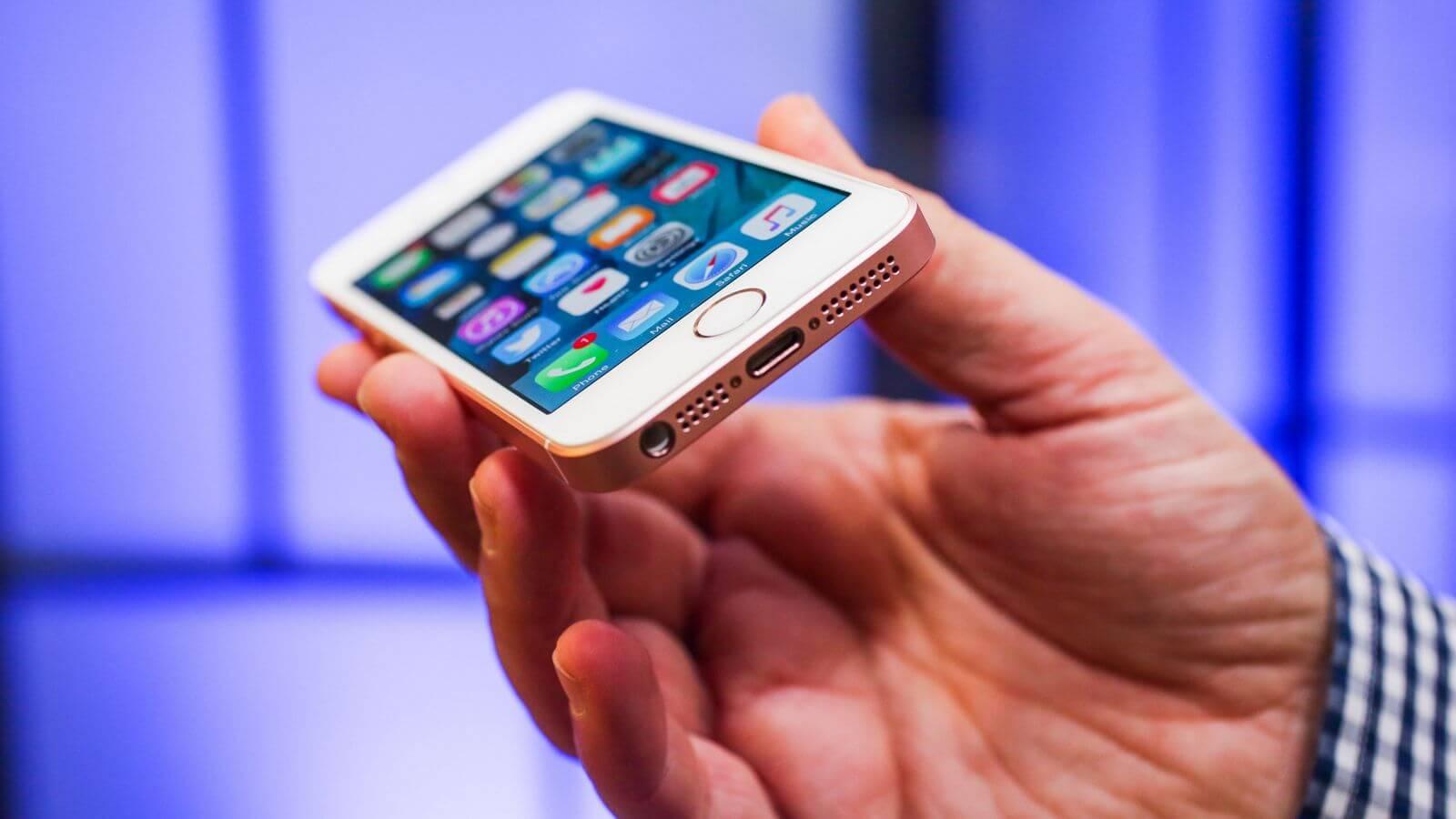 Нечто, похожее на iPhone SE второго поколения, показали на видео
