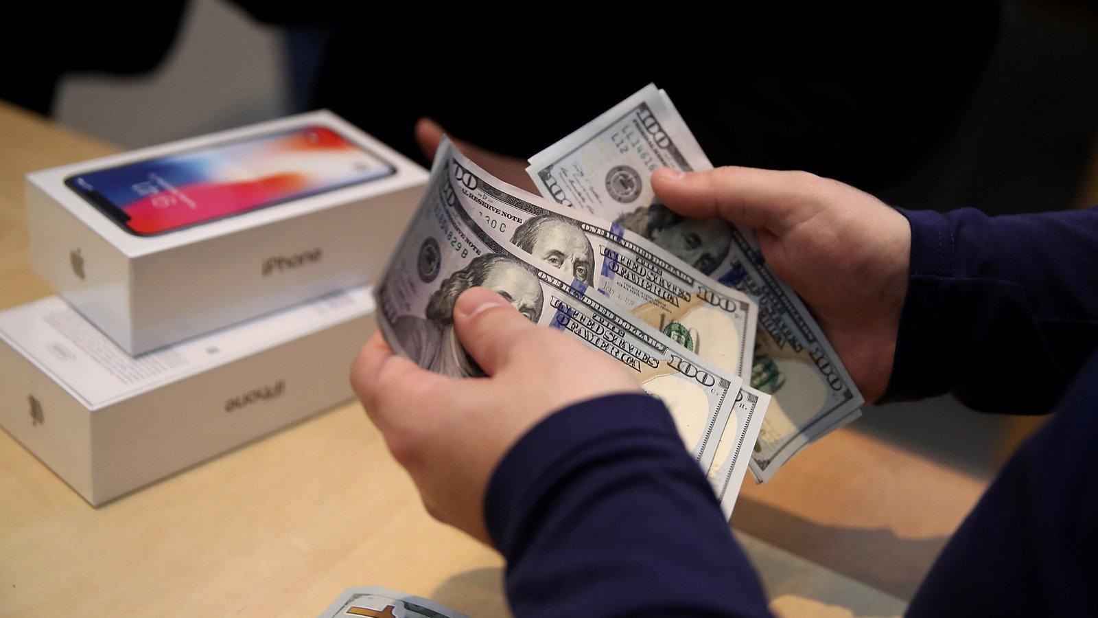 iPhone X в России дорогой? А вот и нет