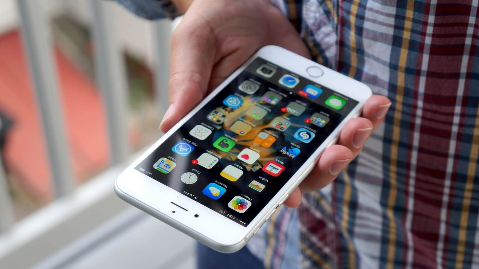 Apple извинилась за замедление iPhone и дала несколько обещаний