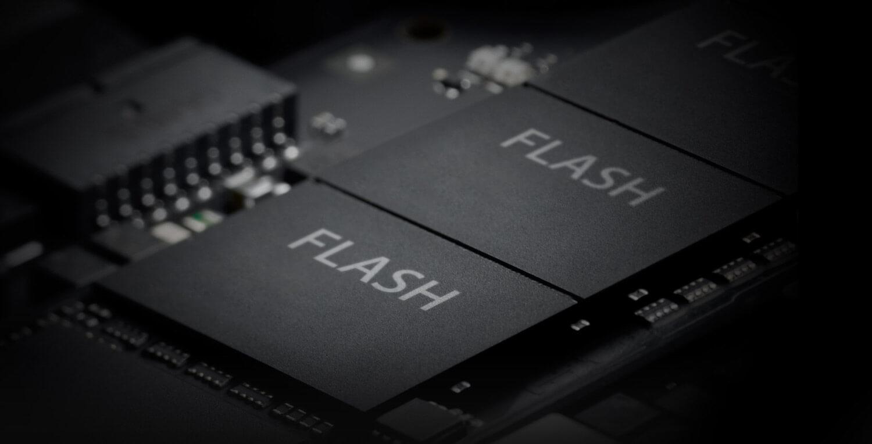 Новый iPhone может получить китайскую память