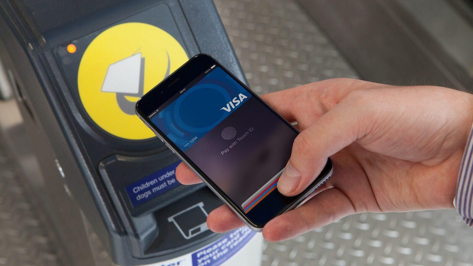 «Мегафон» привяжет номер мобильного телефона к Apple Pay