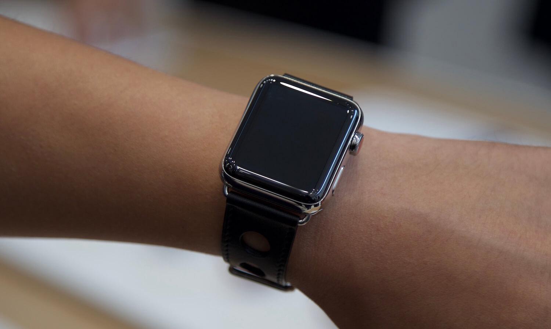 #Опрос: Пользуетесь ли вы приложениями на Apple Watch?