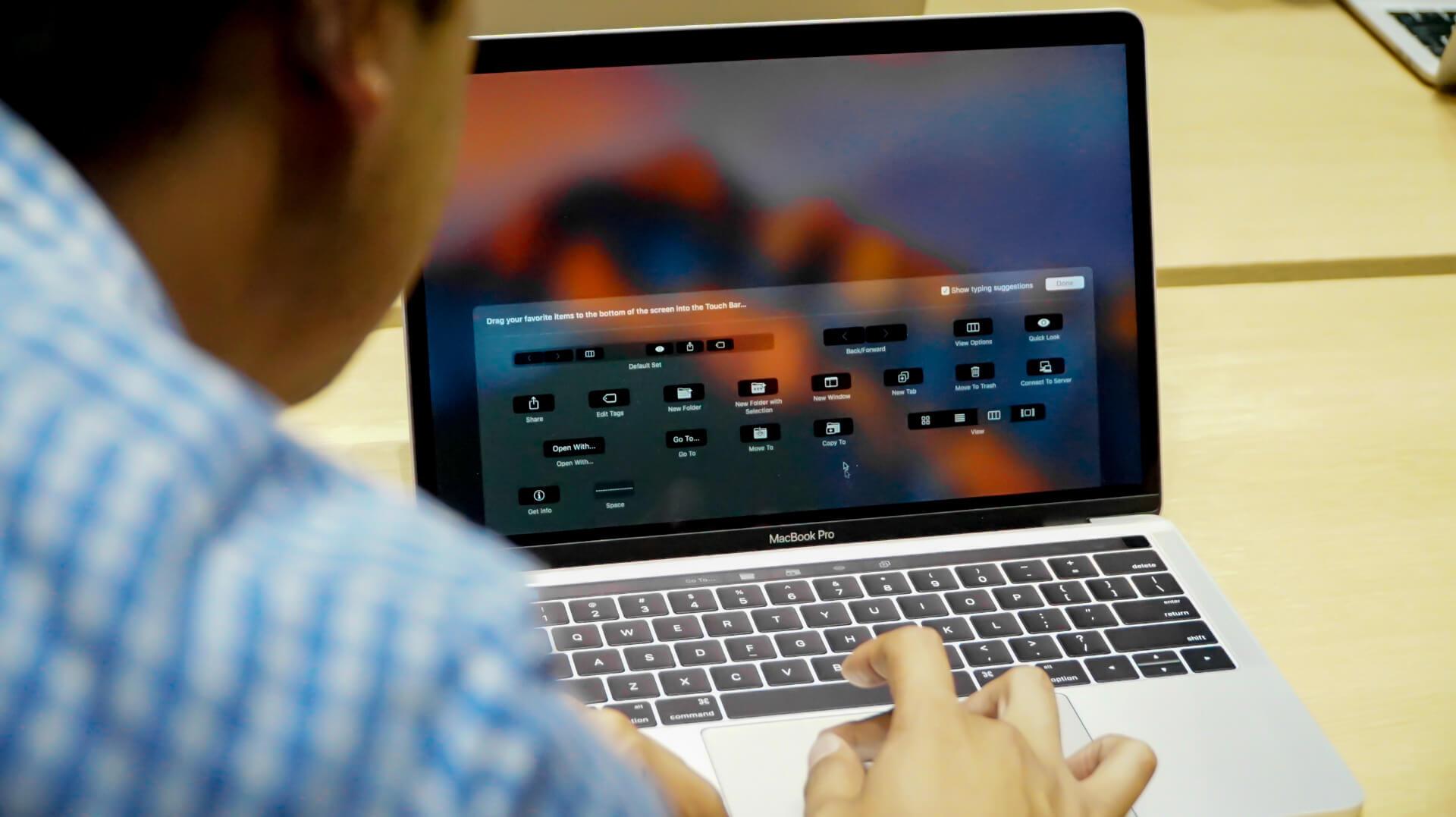 Apple бесплатно заменит клавиатуру некоторых MacBook и MacBook Pro