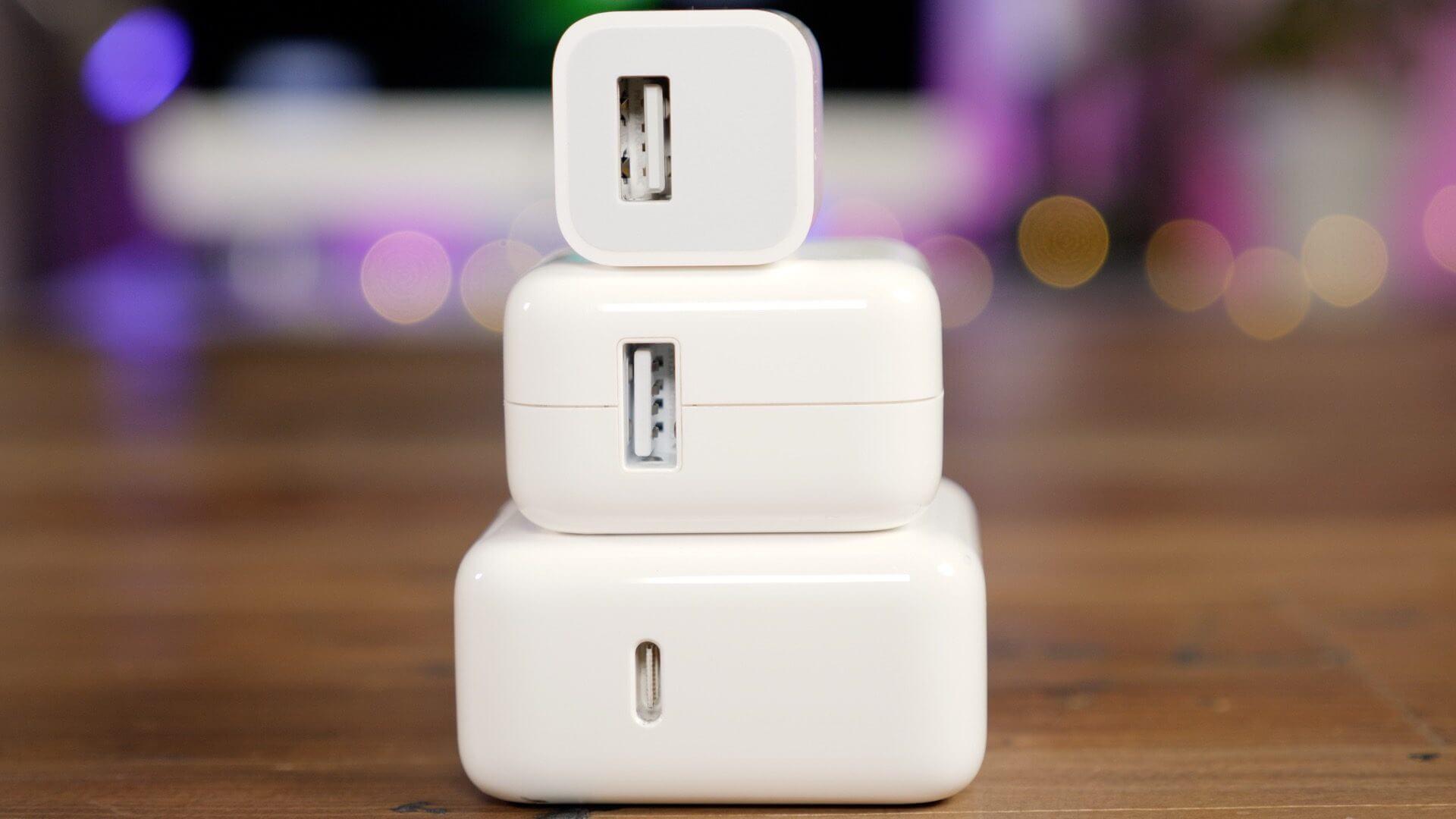 Apple не позволит купить зарядку от новых iPhone отдельно