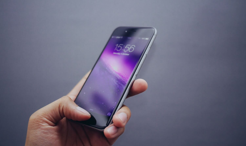 Назван самый проблемный смартфон Apple
