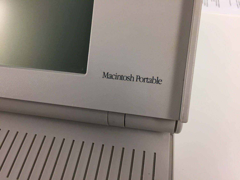 #Видео: Долгая история ноутбуков Apple: от Macintosh Portable до наших дней