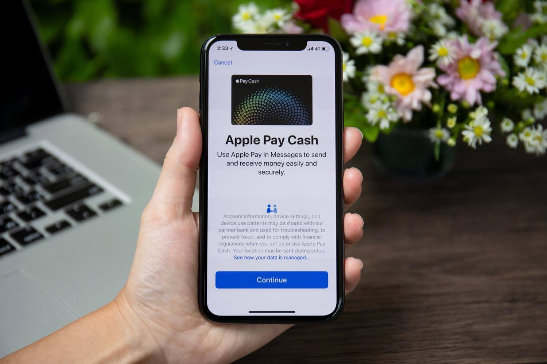 Новая реклама показывает спор пользователей Apple Pay Cash