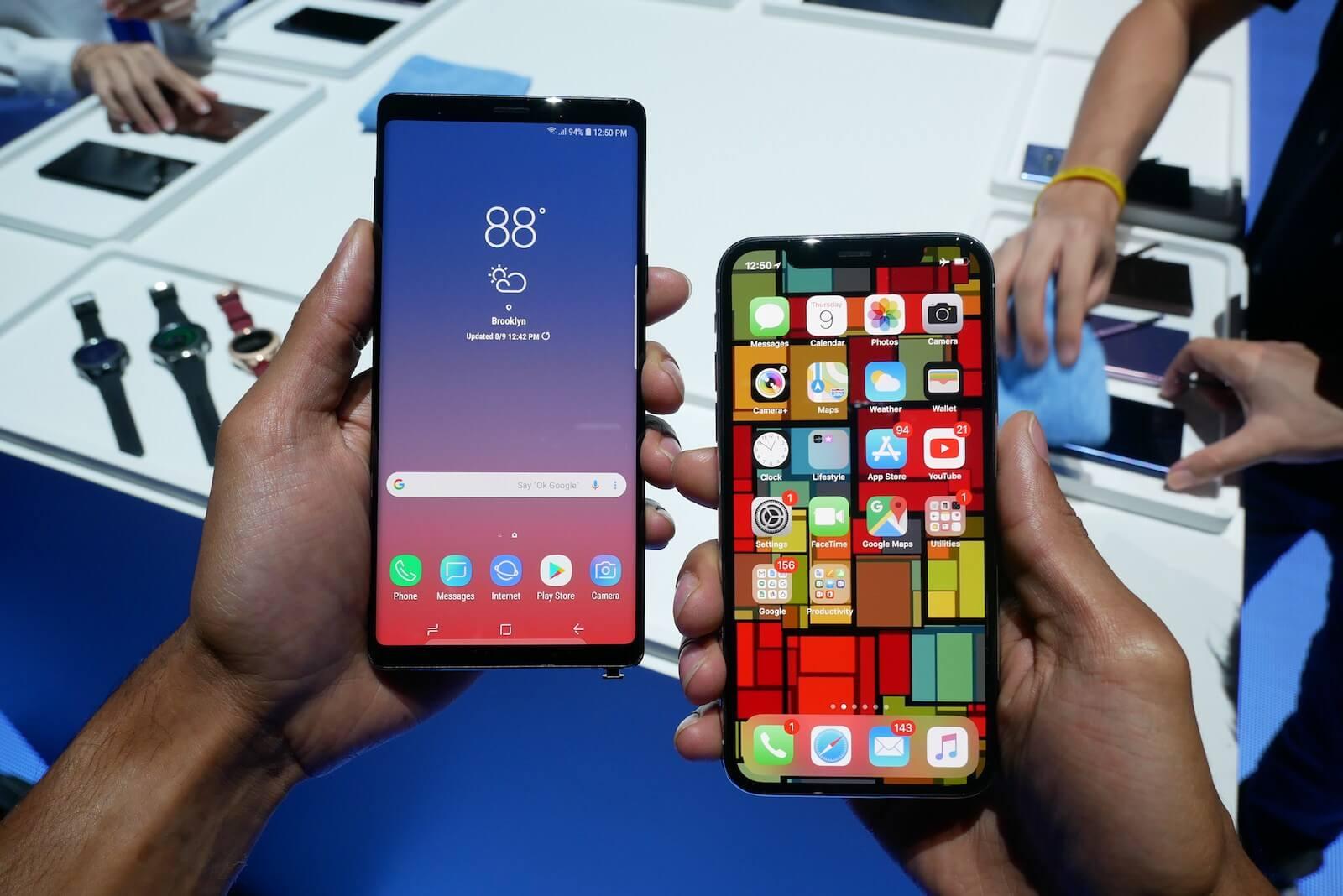 #Видео: iPhone X против Galaxy Note 9. Кто быстрее?