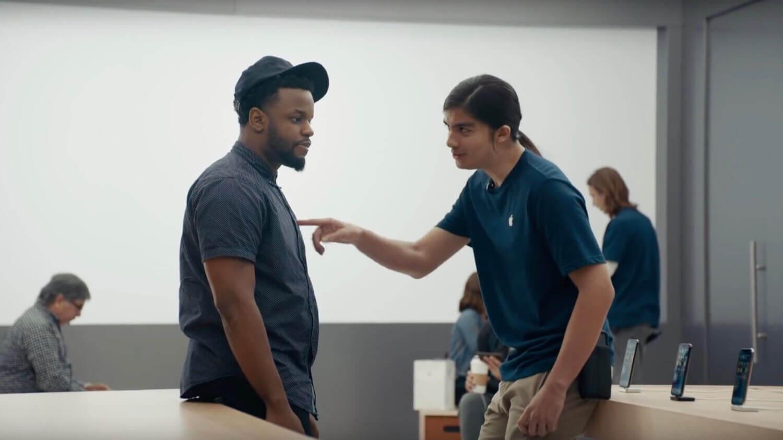 В своей новой рекламе «Ingenius» Samsung сравнивает iPhone X и Galaxy Note 9