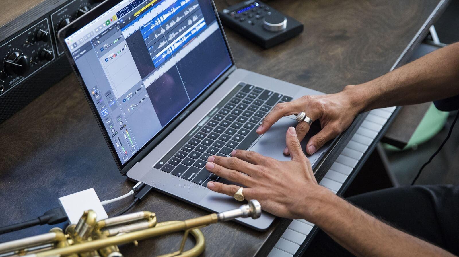 Стало известно о новой проблеме MacBook Pro 2018