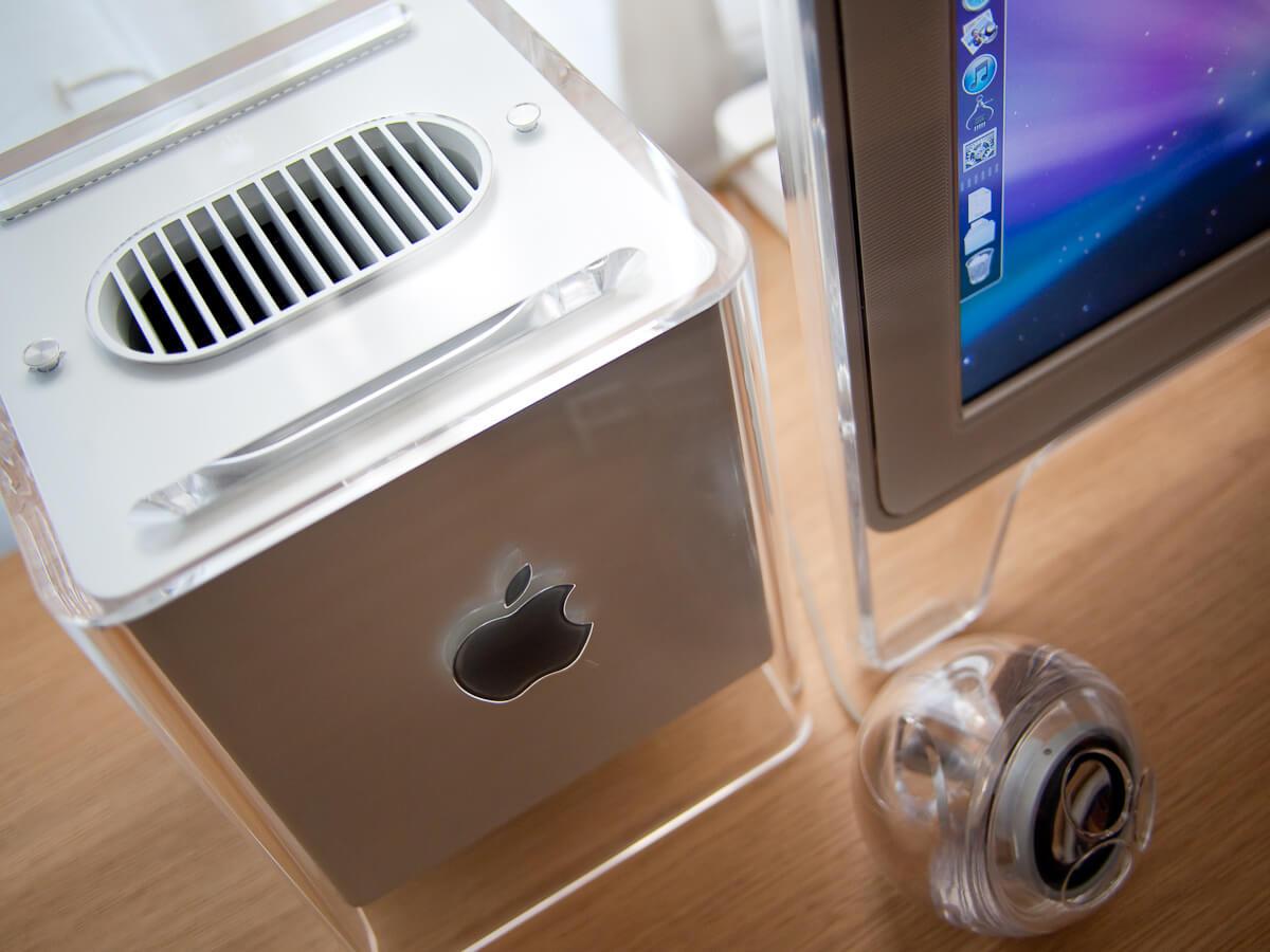 PowerMac в кубе