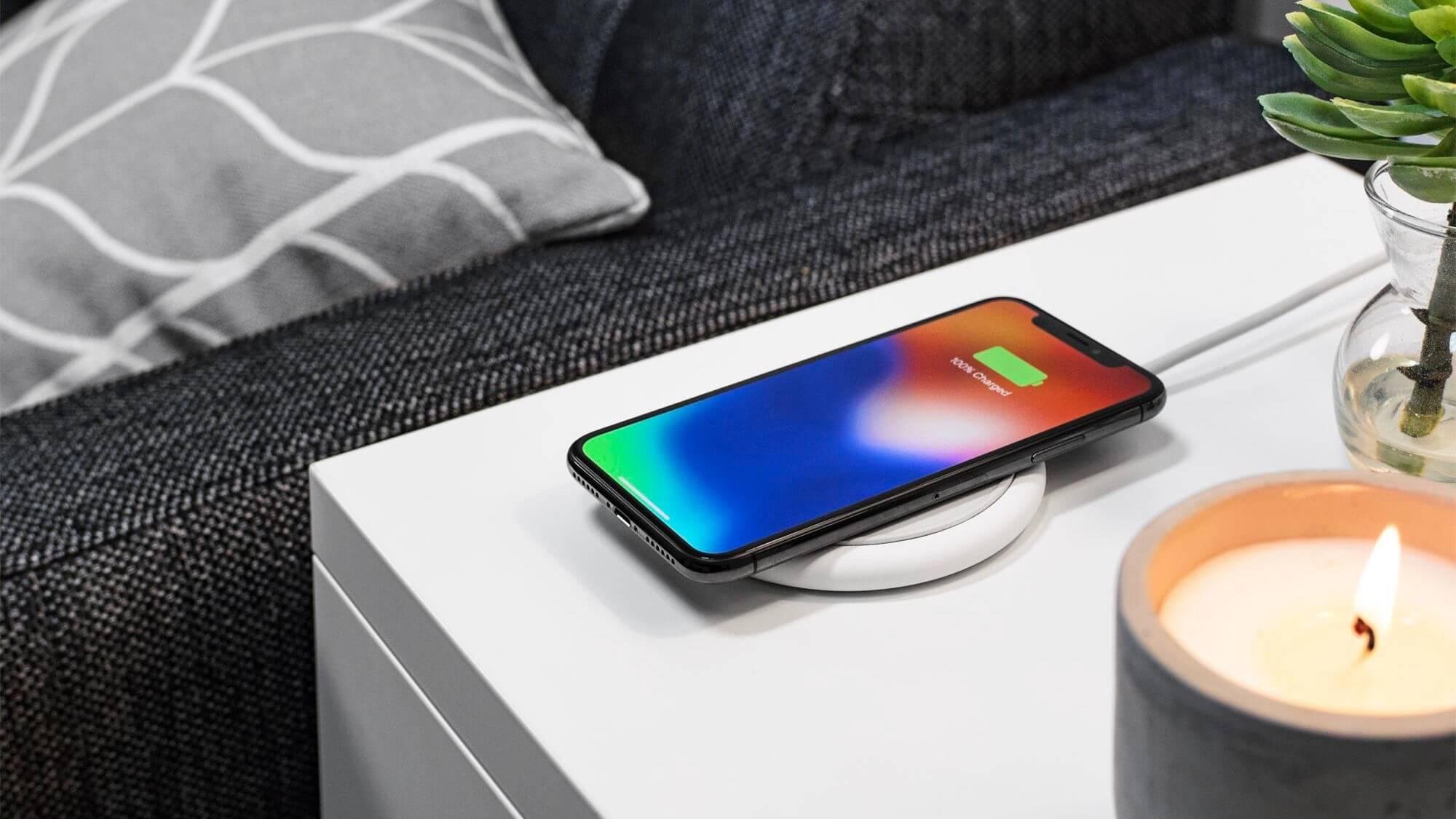 Apple повысила скорость беспроводной зарядки iPhone XS и XS Max