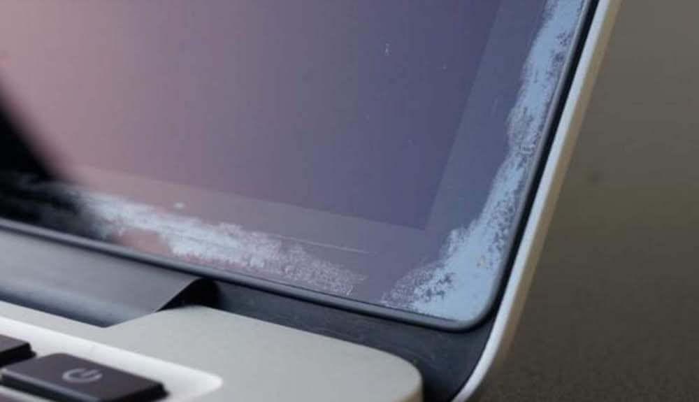 Как заменить MacBook Pro со слезающим антибликовым покрытием на новый