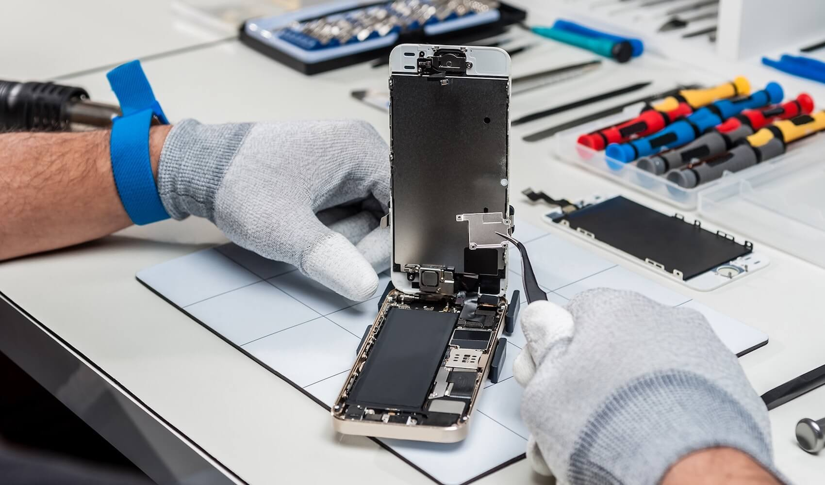 Сколько Apple заплатила россиянам за сломанные iPhone