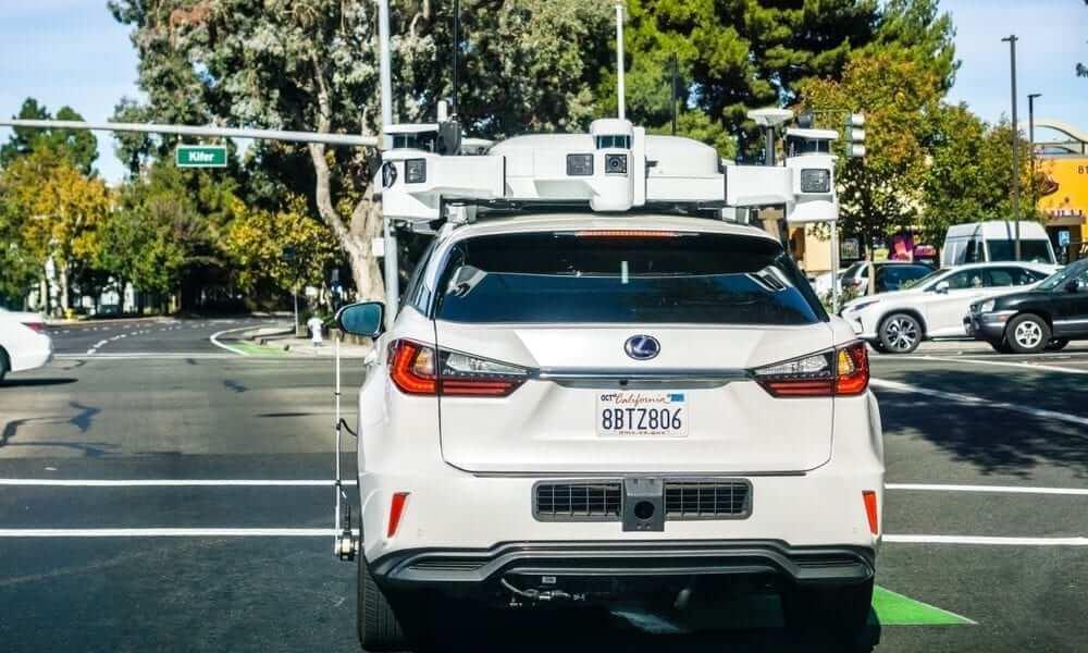 Apple ищет производителя сенсоров для беспилотных автомобилей. Зачем это нужно