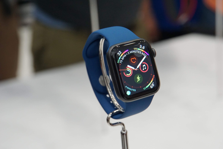 В Apple Watch может появиться камера