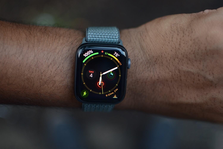 Apple работает над Apple Watch c поддержкой 5G