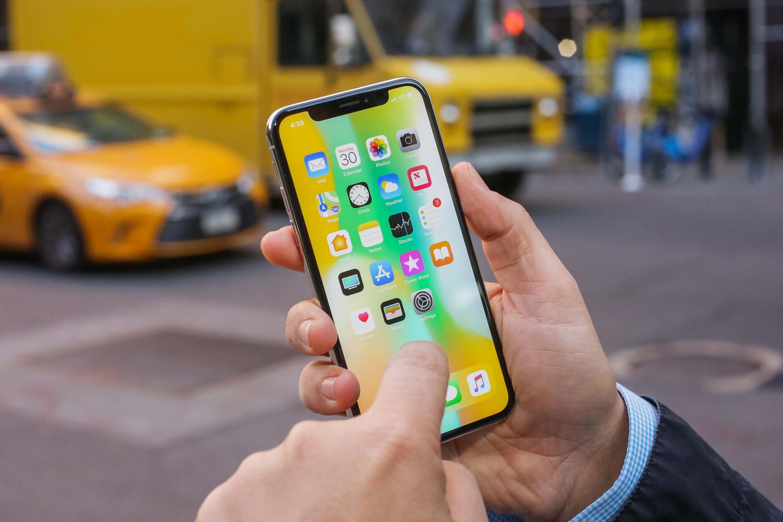 Apple предложит один миллион долларов за взлом iPhone