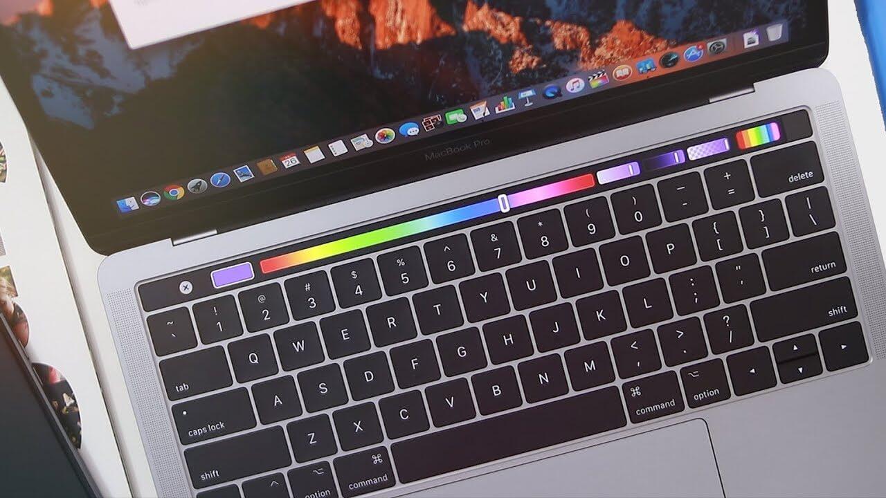 13-дюймовый MacBook Pro 2018: Полный Touch Bar