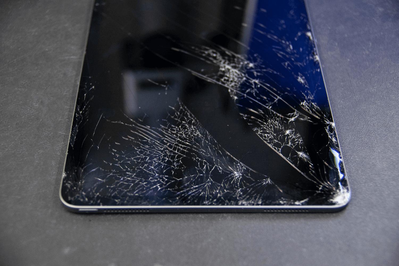 Как заменить дисплей на iPad Pro