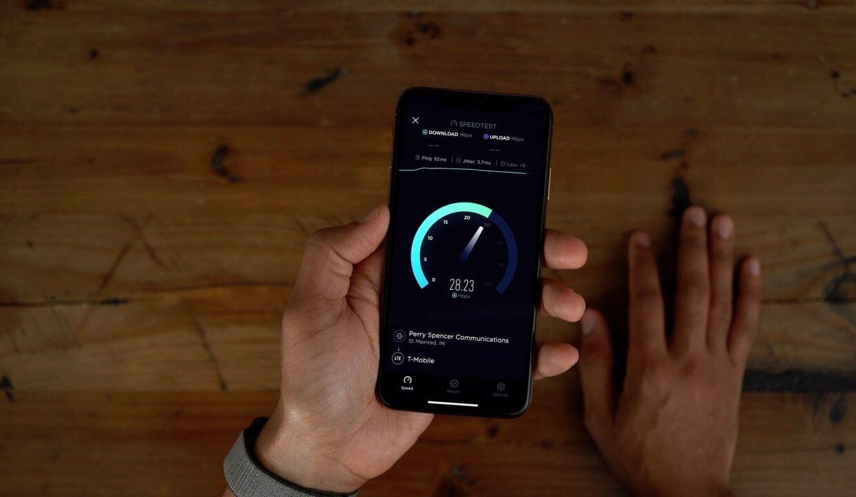 Почему Apple тянет с выпуском iPhone с поддержкой 5G, и это правильно