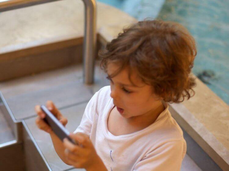 Почему Apple никогда не говорит, сколько в iPhone оперативной памяти