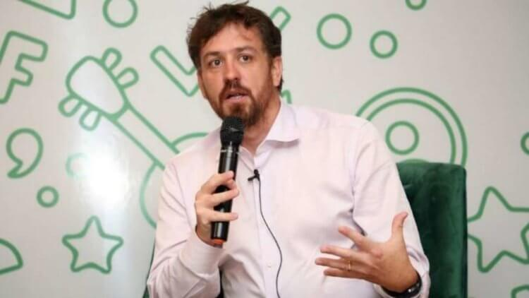 Гендиректор WhatsApp Inc. рассказал, почему Apple боится WhatsApp
